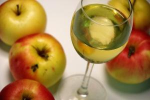 Cyser (ovocná medovina)