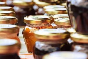 Medy spříměsemi
