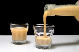Medový vaječný likér