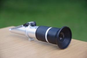 Včelařský refraktometr